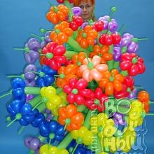 Куча цветов из шаров