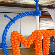 Логотип из шаров