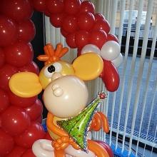Огненная обезьяна из шаров