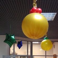 Елочная игрушка из метрового шара