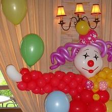 Клоунесса из воздушных шаров
